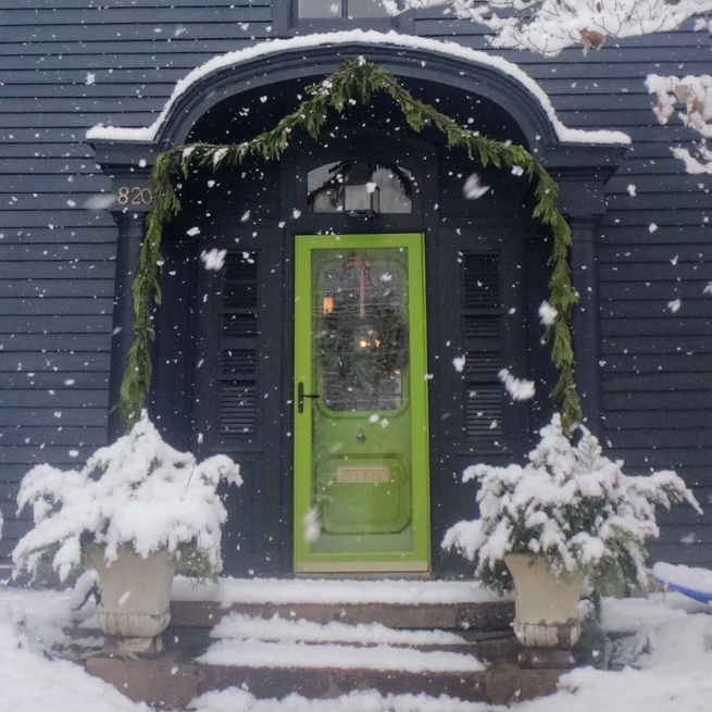 image portico Christmas decorated old house entry