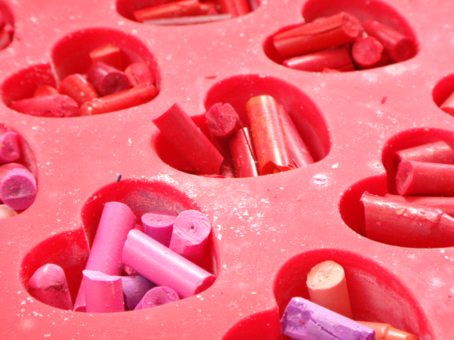 image crayon hearts reds
