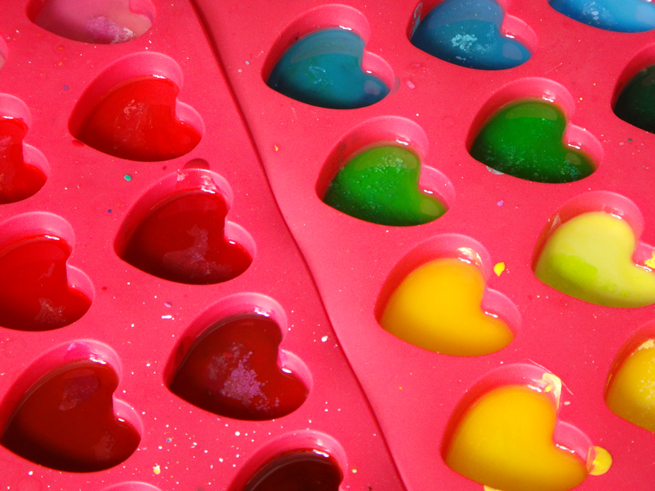 image crayons melting hearts